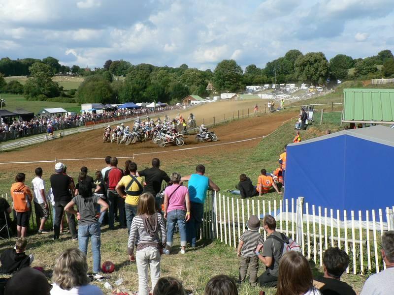 Départ de la troisième manche du championnat de Normandie 125cc